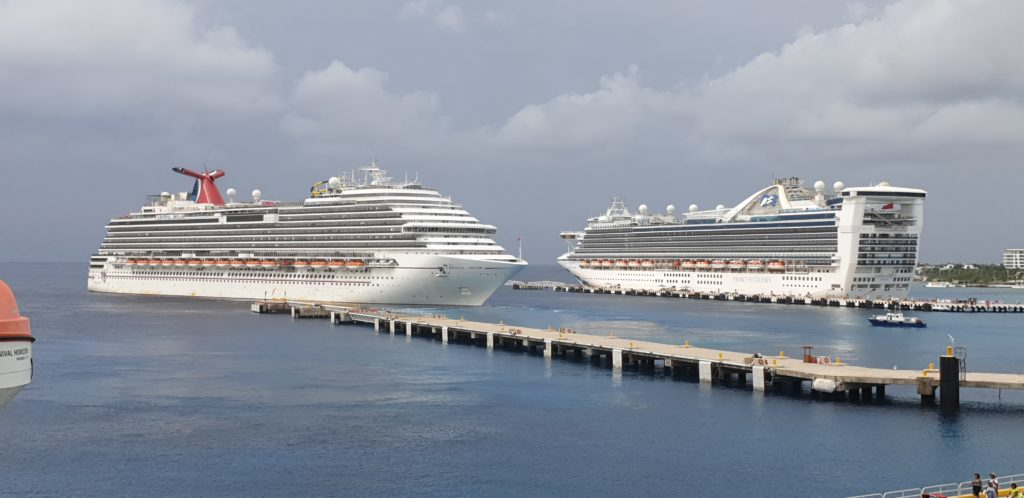 Carnival Cruise Line offers Ships as Hospitals during Pandemic 1